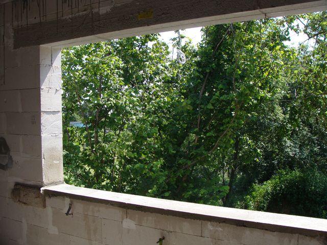 otwór okienny przygotowany do montażu okna